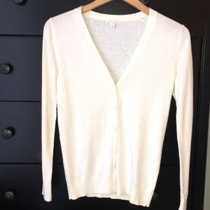 Gap off-white cardigan